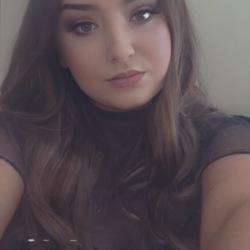 Hannah (20)