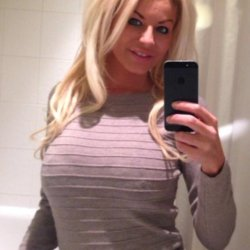 sexting  Melody in Peterborough