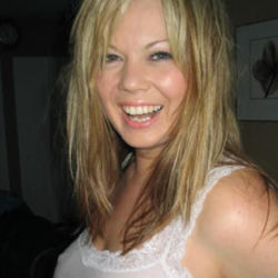 Alexie is looking for singles for a date