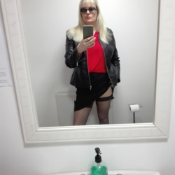 Photo of Blondie
