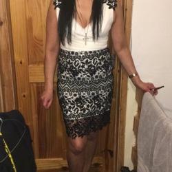 Tina (54)