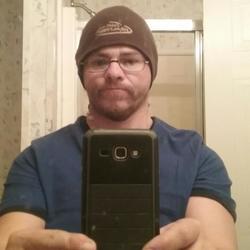John, 42 from Virginia
