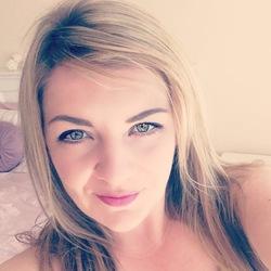 Stephanie (30)