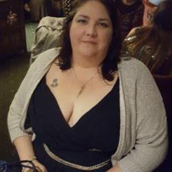 Danielle (40)