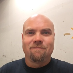Johnny, 39 from Texas