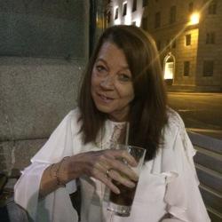 Bernadette (53)