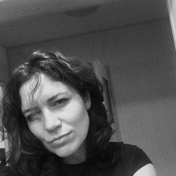 Magda (39)