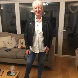 Ann (74)