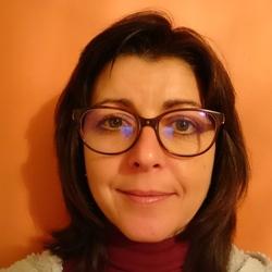 Sue (45)