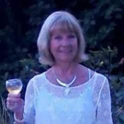 Vivienne (70)