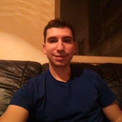 Alexandru is looking for singles for a date