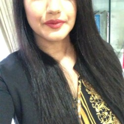 Saira is looking for singles for a date