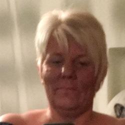 Wendy (53)