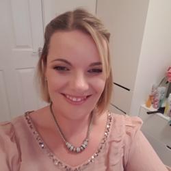 Sarah (37)