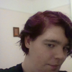 Karlj is looking for singles for a date