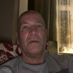 Garry (67)
