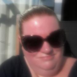 Lindsey (40)