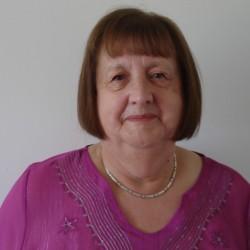 Olivia (72)