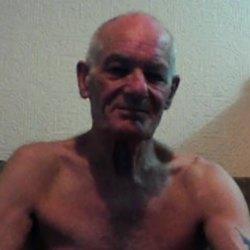 Desmond (74)
