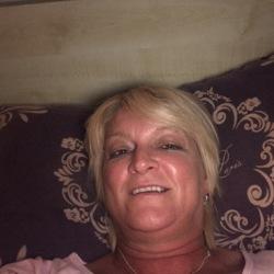 sexting  Heidi in Longton
