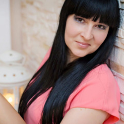 Albina is looking for singles for a date
