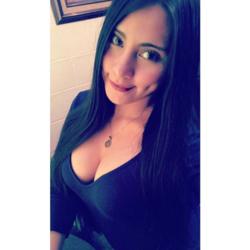 Alyshia, 30 from California