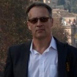 Peter (52)