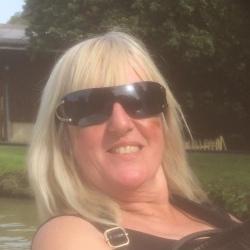 Sue (57)