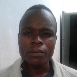 Munhu is looking for singles for a date