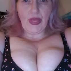 Photo of Horny-Lady