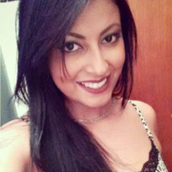 Rasha is looking for singles for a date