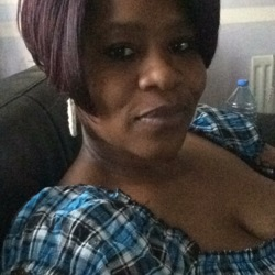 Empress is looking for singles for a date