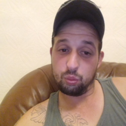 Aaron is looking for singles for a date