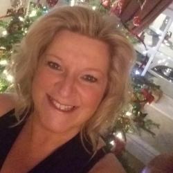 Fiona (50)
