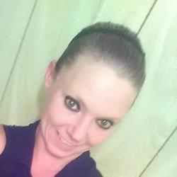 Kayla (31)