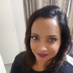 Zabeen is looking for singles for a date